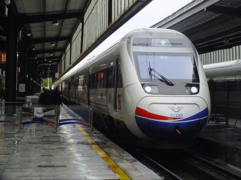 10 keretapi yang berkelajuan tinggi di negara yang mesra muslim