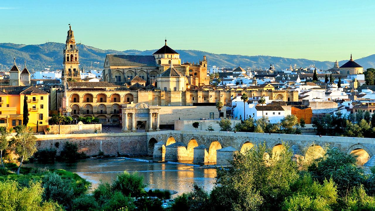 7 destinasi percutian menarik yang halal di Eropah
