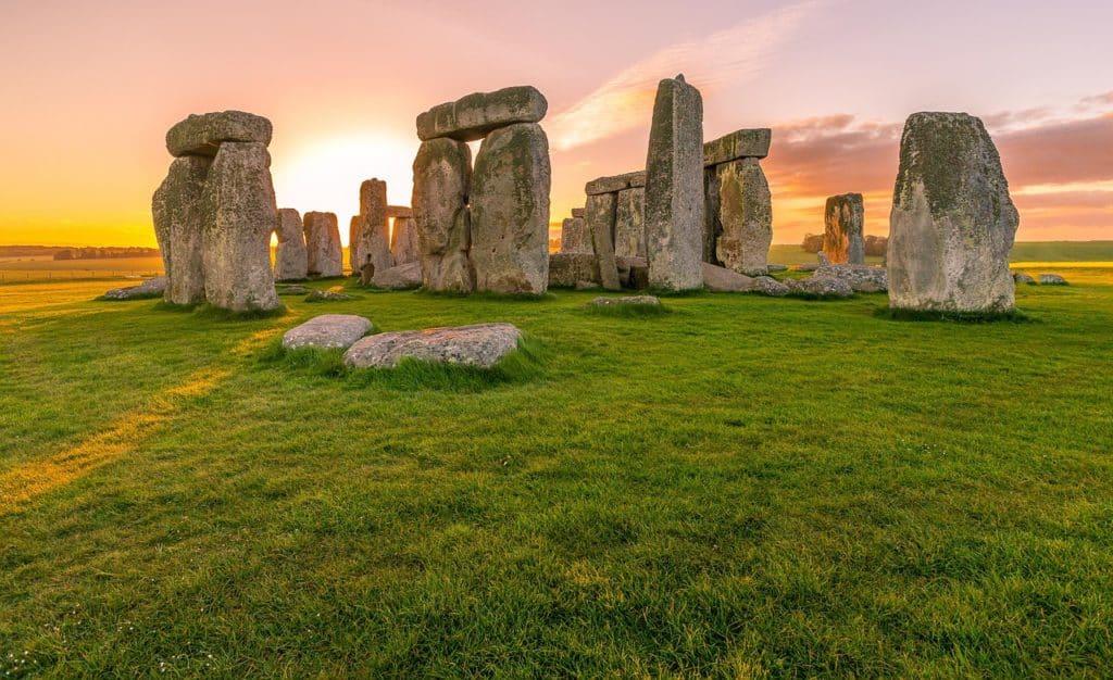 10 tempat terbaik untuk diterokai ketika percutian anda di UK