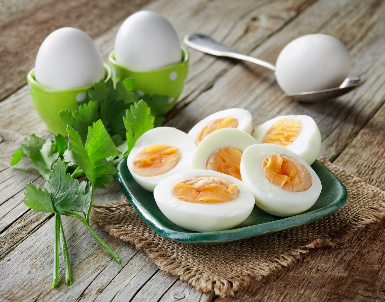 Adakah seluruh telur dan kuning telur bagus atau sebaliknya ?