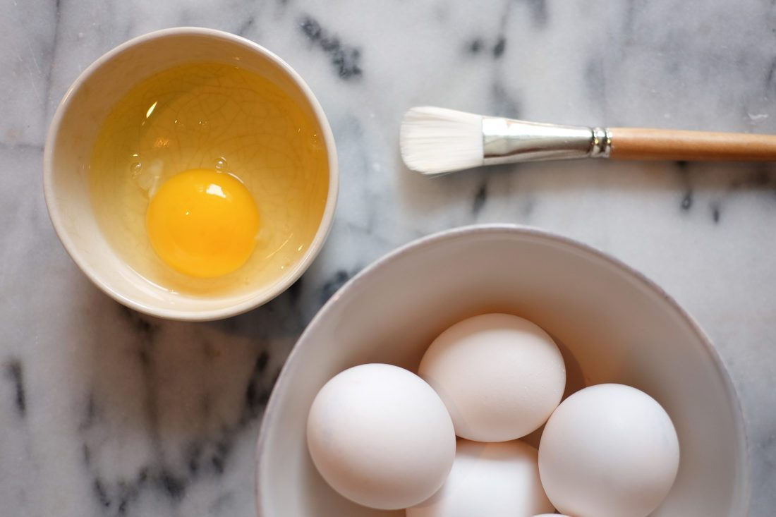 Egg Beauty Treatment Tips (facial, hair and body) - The Stripe