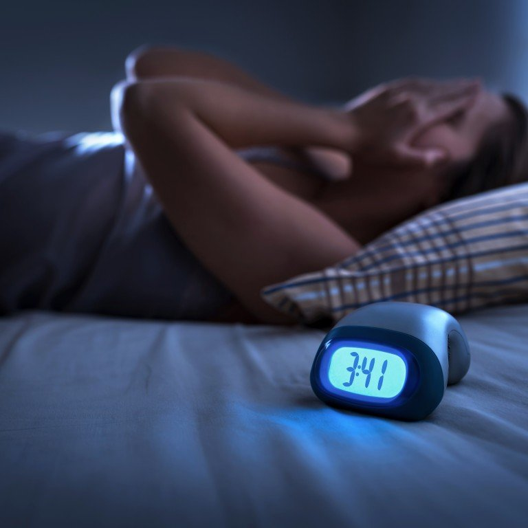 What is insomnia? What causes it, how to prevent, and how to deal ...