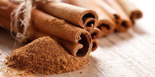 10 Manfaat kesehatan dari minum air rebusan kayu manis secara ...