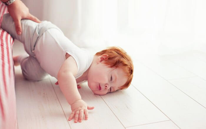 If Your Child Falls Out of Bed, When Should You be Worried ...