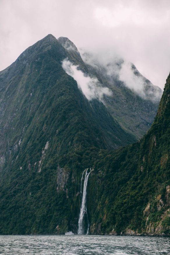Best Places to Visit in New Zealand - Milford Sound