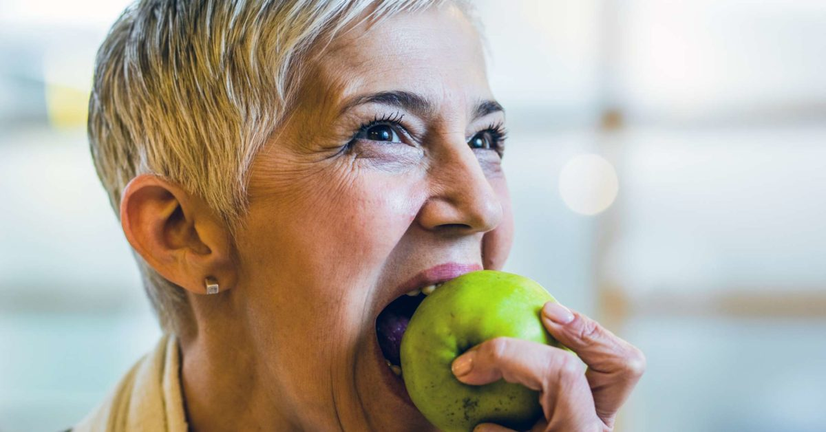 Apples: Benefits, nutrition, and tips