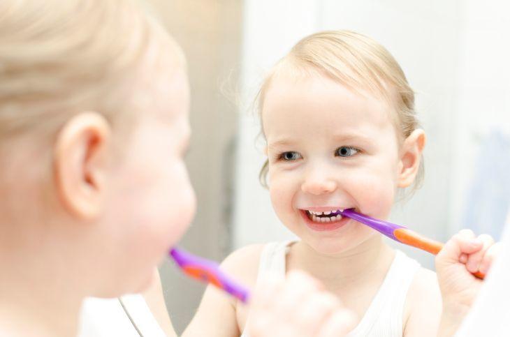 Tips penjagaan gigi bayi anda dengan baik