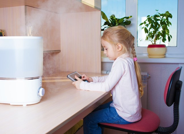 https://i0.wp.com/www.eatthis.com/wp-content/uploads/media/images/ext/813233429/child-with-humidifier.jpg?w=640&ssl=1