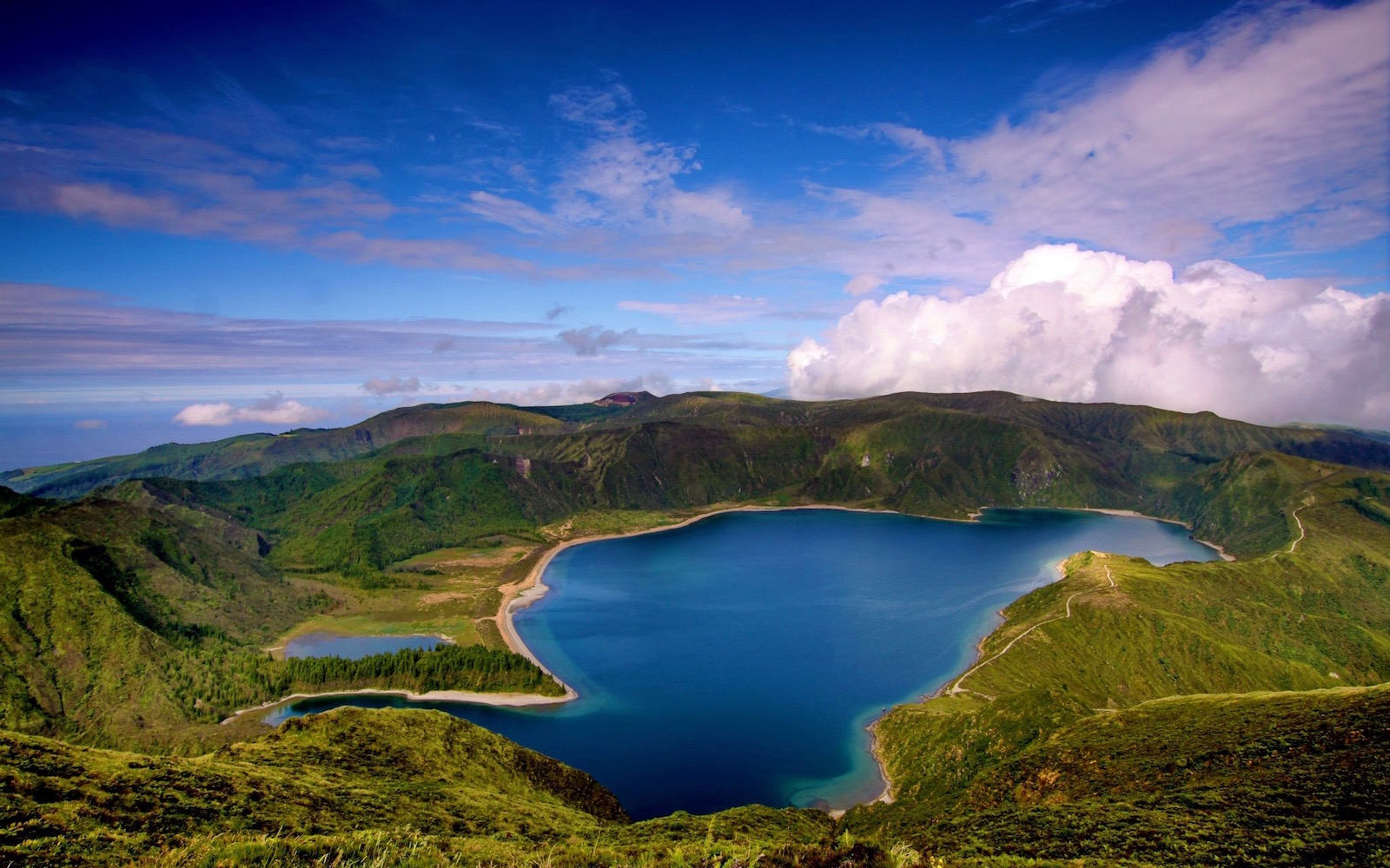50 destinasi paling cantik dan menawan untuk dilawati di dunia
