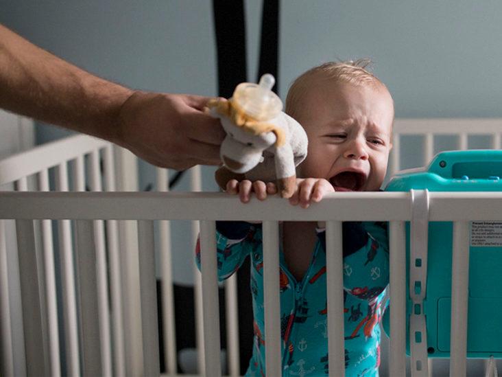 Apa yang anda perlu lakukan sekiranya si kecil taknak tidur di katil bayi